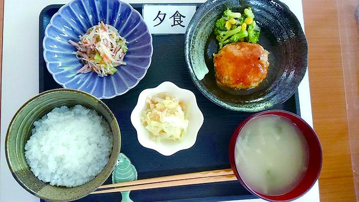 4.2夕食WEB.jpg
